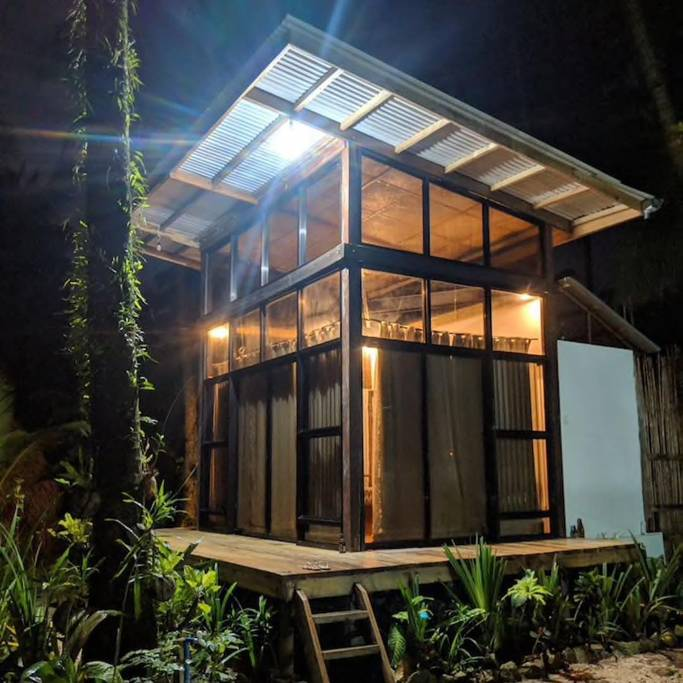 where to stay in siargao - smoke pod siargao