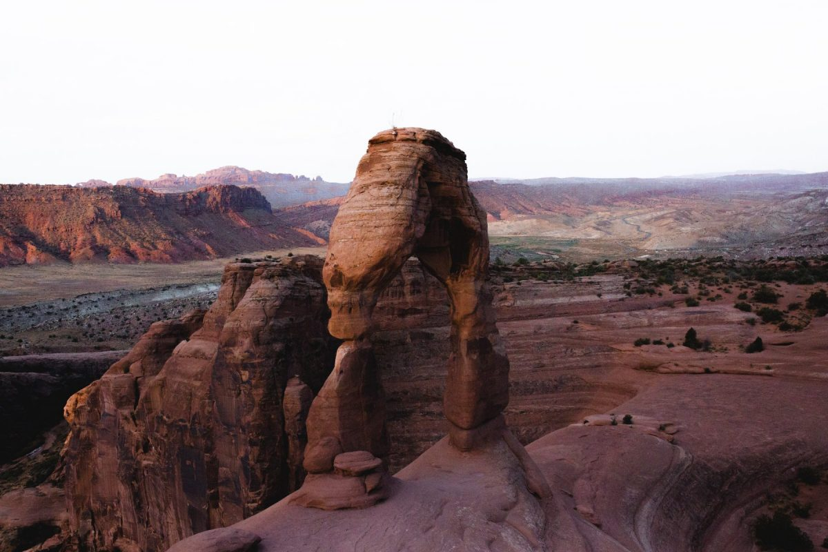 the delicate arch during sunrise in arches national park