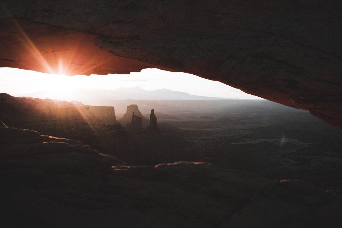 utah national parks road trip, utah road trip, utah national parks road trip itinerary, canyonlands national park, canyonlands, mesa arch, hikes in canyonlands, utah road trip itinerary, moab, utah, moab utah, arches national park,